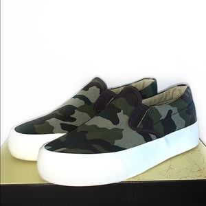 Restricted Army Green Slip On Sneakers Size 7.5